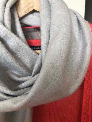 H&M Bufanda de flecos gris claro