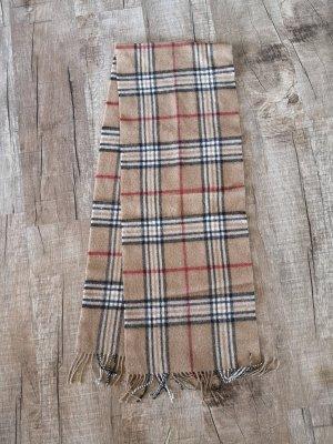 Schal im Burberry style