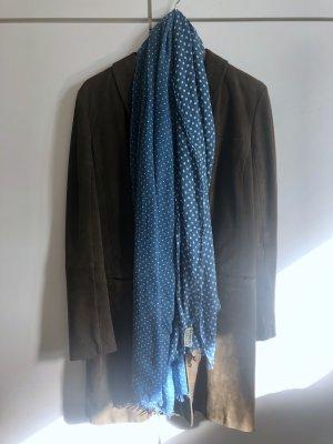 Schal in Blau mit Punkten von CLOSED