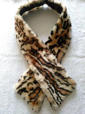 Schal in Felloptik