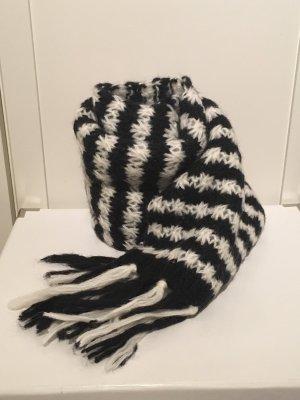 Schal in schwarz/weiß mit Wolle von H&M