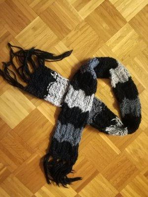 Schal mit Fransen von Gina Benotti