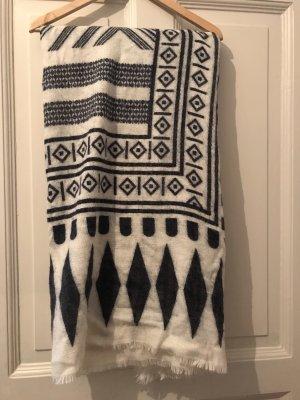 Schal mit Muster