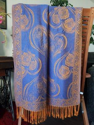 Schal mit Muster aus Viskose