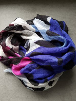 Woolen Scarf multicolored
