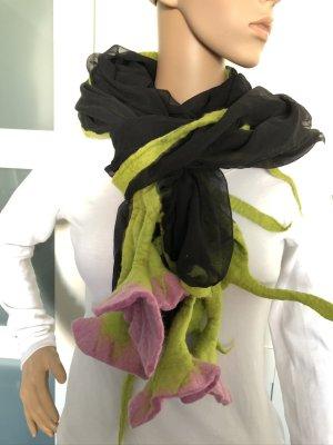 Handmade Woolen Scarf black-pink chiffon
