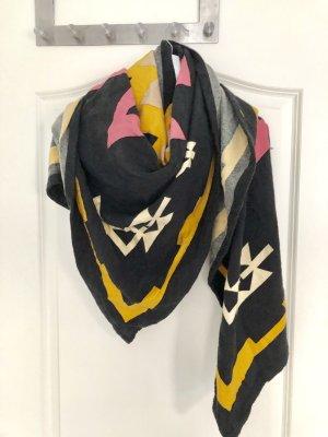 Schal Tuch XL Schal mit urban Mustern von Monki