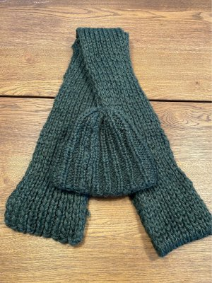 Bufanda de lana caqui-verde bosque