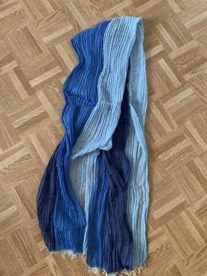 Schal von gant mit 3 verschiedene Blautöne