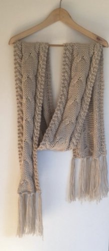H&M Crochet Scarf cream