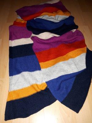 Schal von H&M im Colorblocking-Style