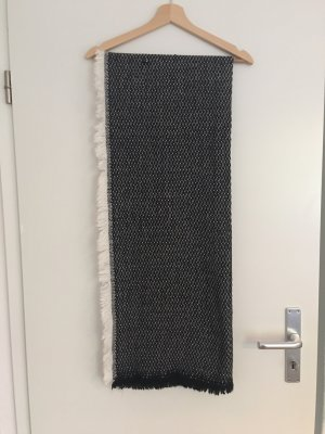 Primark Knitted Scarf black-white