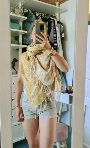keine Knitted Scarf yellow