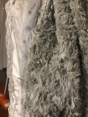 0039 Italy Mantilla gris claro-gris