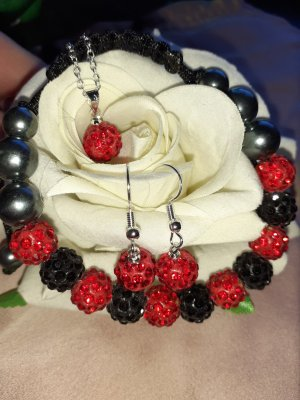 Pearl Necklace black-red