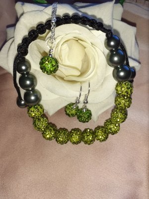 Pearl Necklace green grey