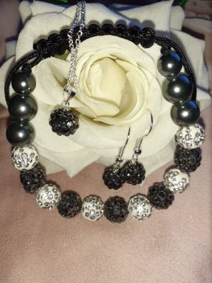 Pearl Necklace white-black