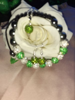 Pearl Necklace white-lime-green