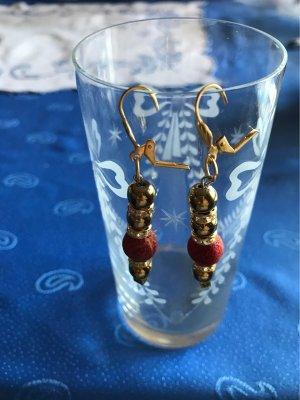 Schaumkorallen Ohrringe , lang , mit vergoldeten Hämatitperlen & Klappbrisuren