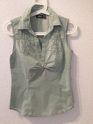 Schicke ärmellose Bluse mit Stickereien