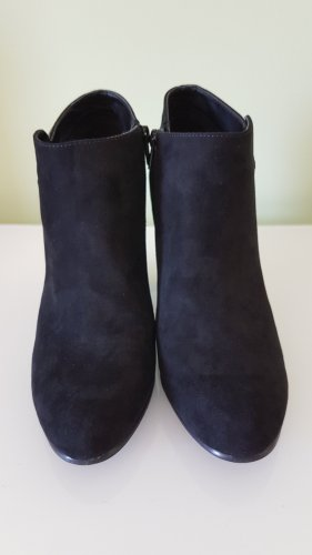 Schicke Ankle Boots mit Blockabsatz Gr. 39