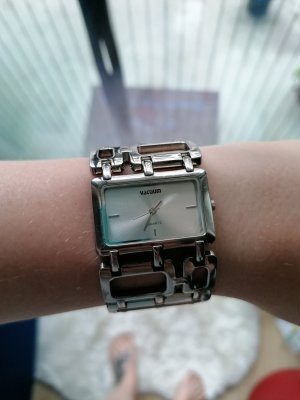 vacuum Reloj con pulsera metálica color plata