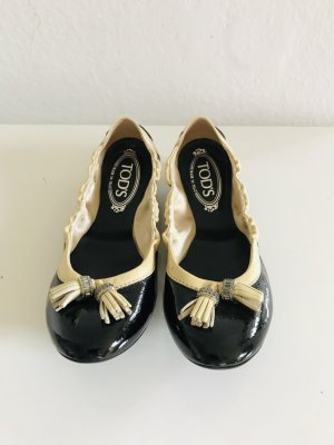 Tod's Bailarinas de charol con tacón negro-beige Cuero