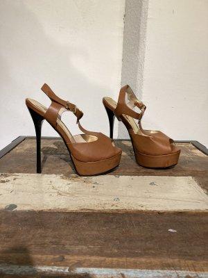 Schicke cognacfarbene High-Heel  Sandalette