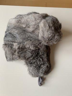 Futrzana czapka szary-jasnoszary