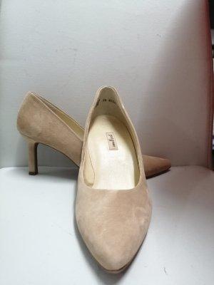 Paul Green Classic Court Shoe beige leather