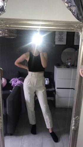 Schicke Hose mit hohem Bund und Gürtel beige von Zara