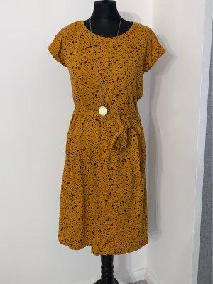 Schicke Kleid Gr 38 Neu Senf Farbe