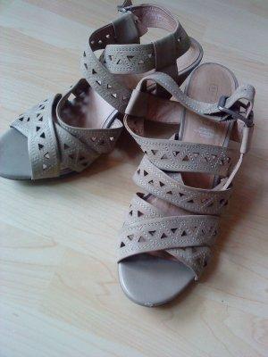 schicke Leder-Sandaletten in beige 40 5TH Avenue