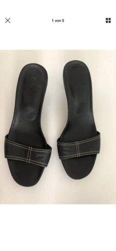 Prada Flip-Flop Sandals black