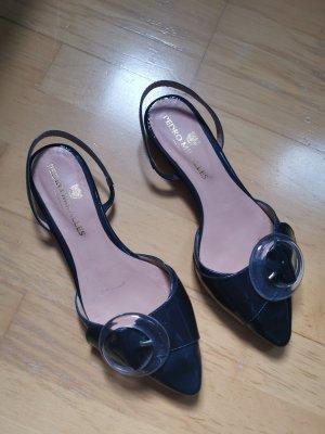 schicke Sandalen von Pedro Miralles