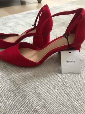 Bershka Strapped High-Heeled Sandals red
