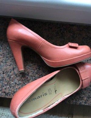 Schicke Schuhe von Tamaris mit zarter Schleife