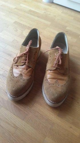 Schicke Schuhe von VIRUS, Gr. 38