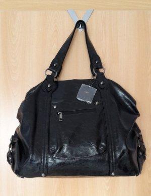 Schicke, schwarze Tasche