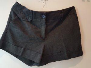 schicke Shorts von H&M in 42