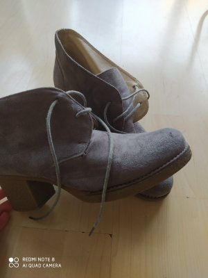 Jennika Lace-up Booties grey