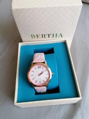 schicke Uhr von Bertha mit Stickerei