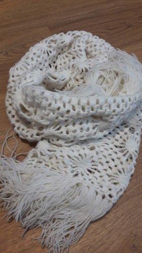 Handarbeit Szydełkowany szalik biały