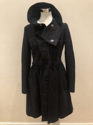 Schicker Mantel für casual, business und stylische Looks