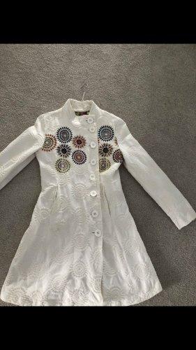 Desigual Short Coat white