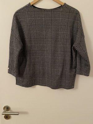 Schicker Pullover