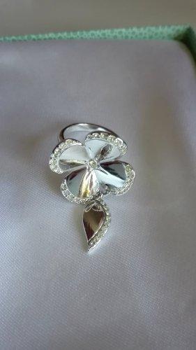 Schicker Ring
