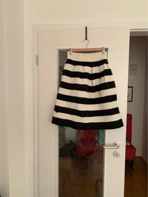 Brigitte Bardot Falda globo negro-blanco puro
