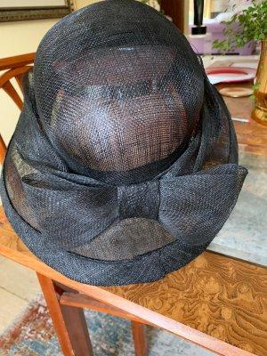 Sombrero acampanado negro