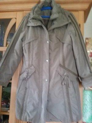 Bonita Abrigo acolchado taupe-marrón grisáceo